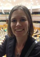 Dr. Vianda Stel